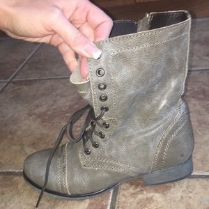 Steve Madden Troopa military boots
